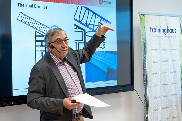 Paul Simons, responsable de la firma alemana BlowerDoor GmbH