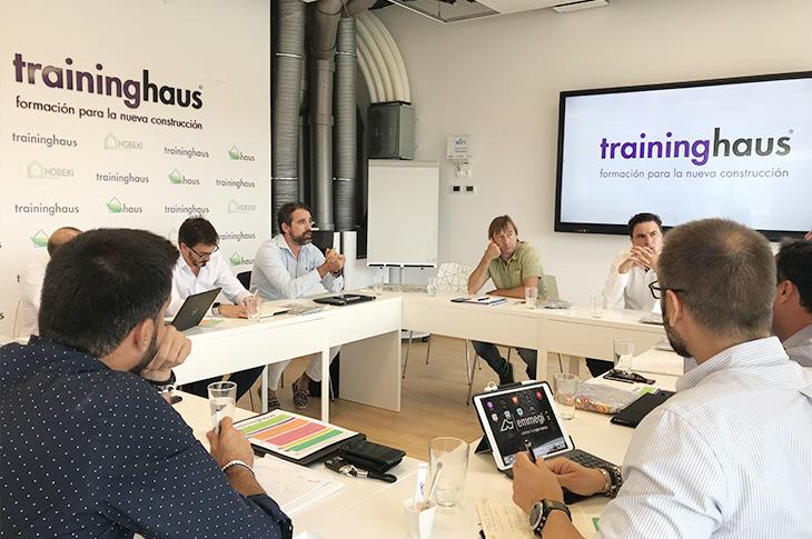 Onhaus reúne a diez expertos en Pamplona para analizar el problema al que se enfrenta el sector de la construcción en España